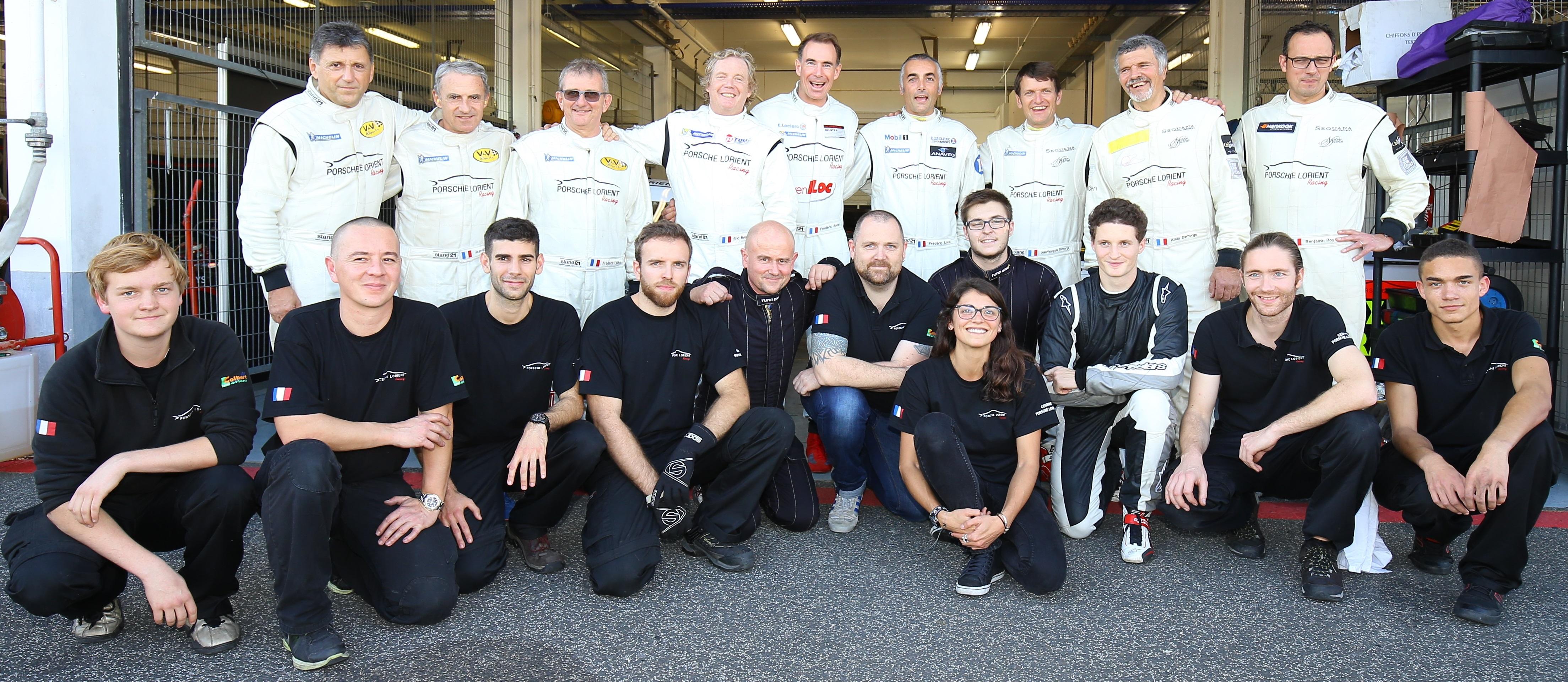 Les équipages et le team Porsche Lorient Racing accompagné du Lycée Colbert de Lorient